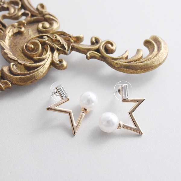 パール付き星モチーフピアス【Chinon stars motif with pearl pierced earrings】