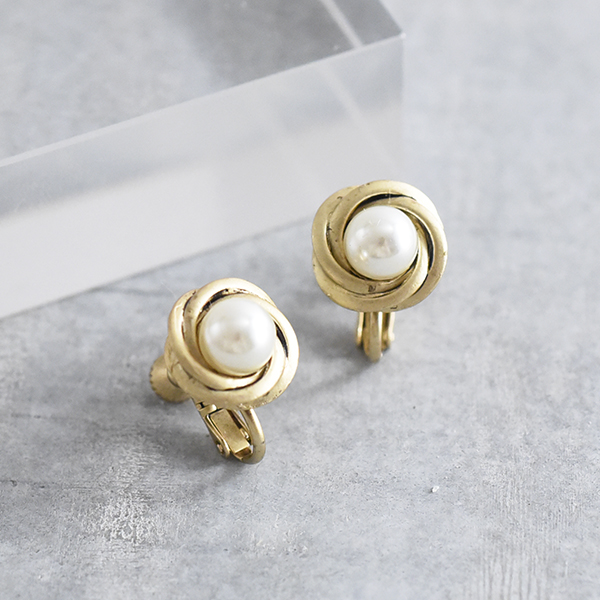 パールモチーフイヤリング【Margon pearl motif clip on earlings】