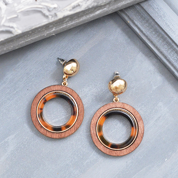 べっ甲×ウッドマルピアス【Briec tortoiseshell×wood circle pierced earrings】
