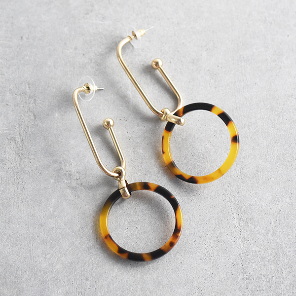 べっ甲フープたらりんピアス【Plourin tortoiseshell hoop pierced earrings】
