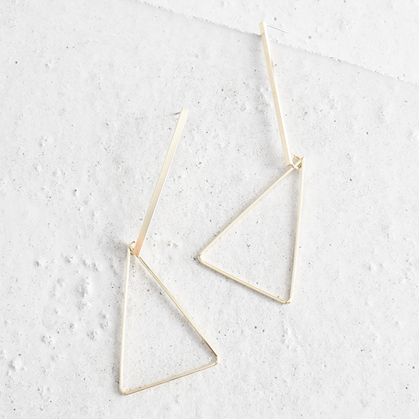 三角フラスコピアス【Crazannes triangle flask pierced earrings】