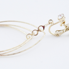 重なりフープイヤリング【Bourges Overlap hoop clip on earlings】