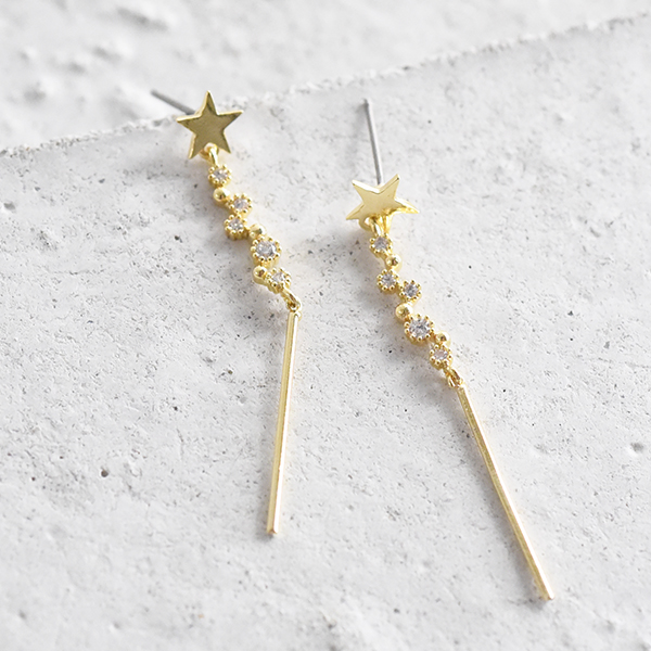 きらめきスターロングピアス【Cholet twinkle star long pierced earrings】