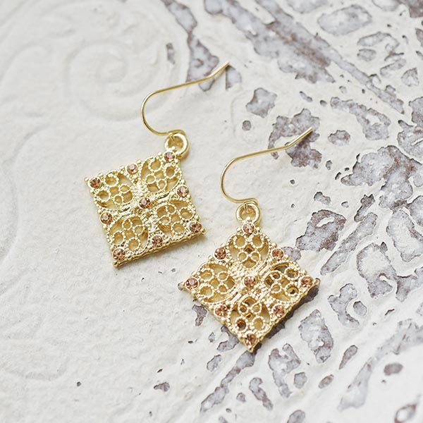 タイルストーンピアス【Agudelle tile stone pierced earrings】