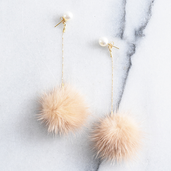 ボンボンファーパールピアス【Thuret bonbon fur pearl pierced earrings】