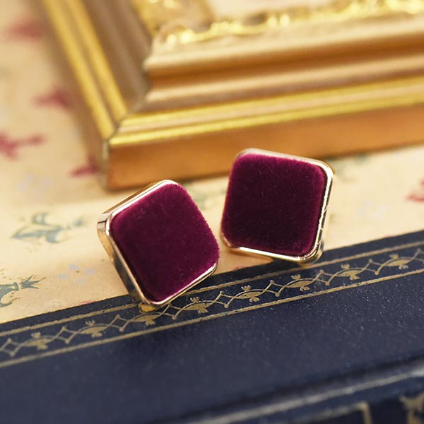 ゴールド縁スクエアピアス【Auzances gold square pierced earrings】