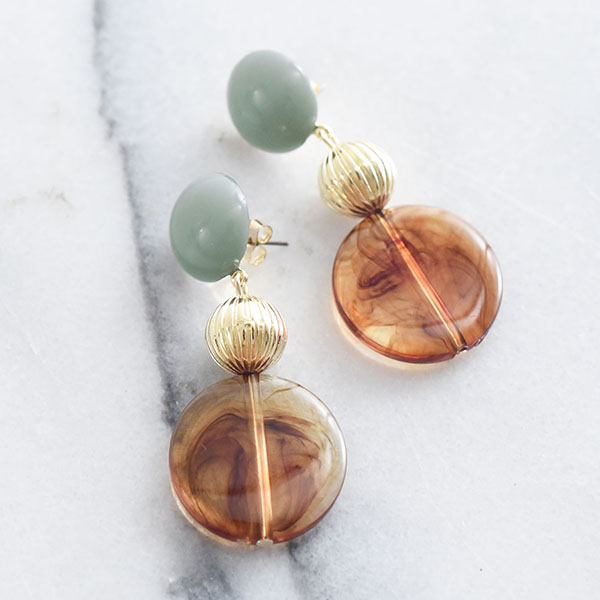 べっ甲柄まるパーツピアス【Brou tortoiseshell maru parts pierced earrings】