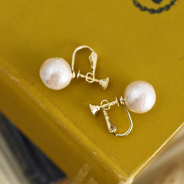 1粒コットンパール12mmネジイヤリング【Treban simple cotton pearl clip on earlings】